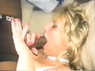 RETRO - Hot Light-complexioned MILF Takes a Big Black Cock - more on onlineporn.ml