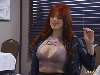 not anyone knows how to  touch shaved pussy of Evelin Stone like Molly Stewart