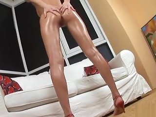Sweet Teenie Is Gaping Soft Cunt Roughly Closeup And Having Orgas
