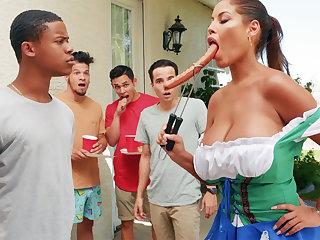 Hardest Oktoberfest set up sex for barfly wife