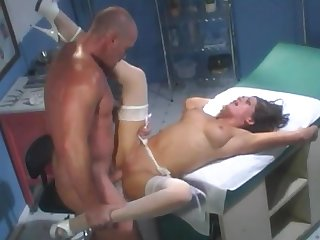 Horny babe helping him finger her pussy for more awe