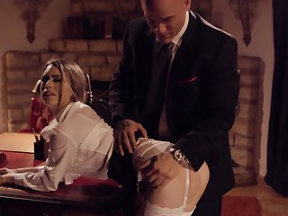 Passionate love making around slay rub elbows with evening with HOT Jill Kassidy