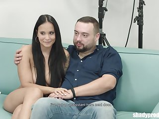 Naive brunette, Nikola was tricked into fucking a random guy to the fore of her boyfriend
