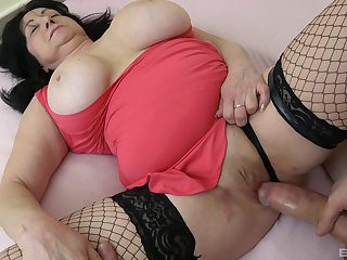 Hardcore fucking put paid to a inviting man added to BBW granny Hana